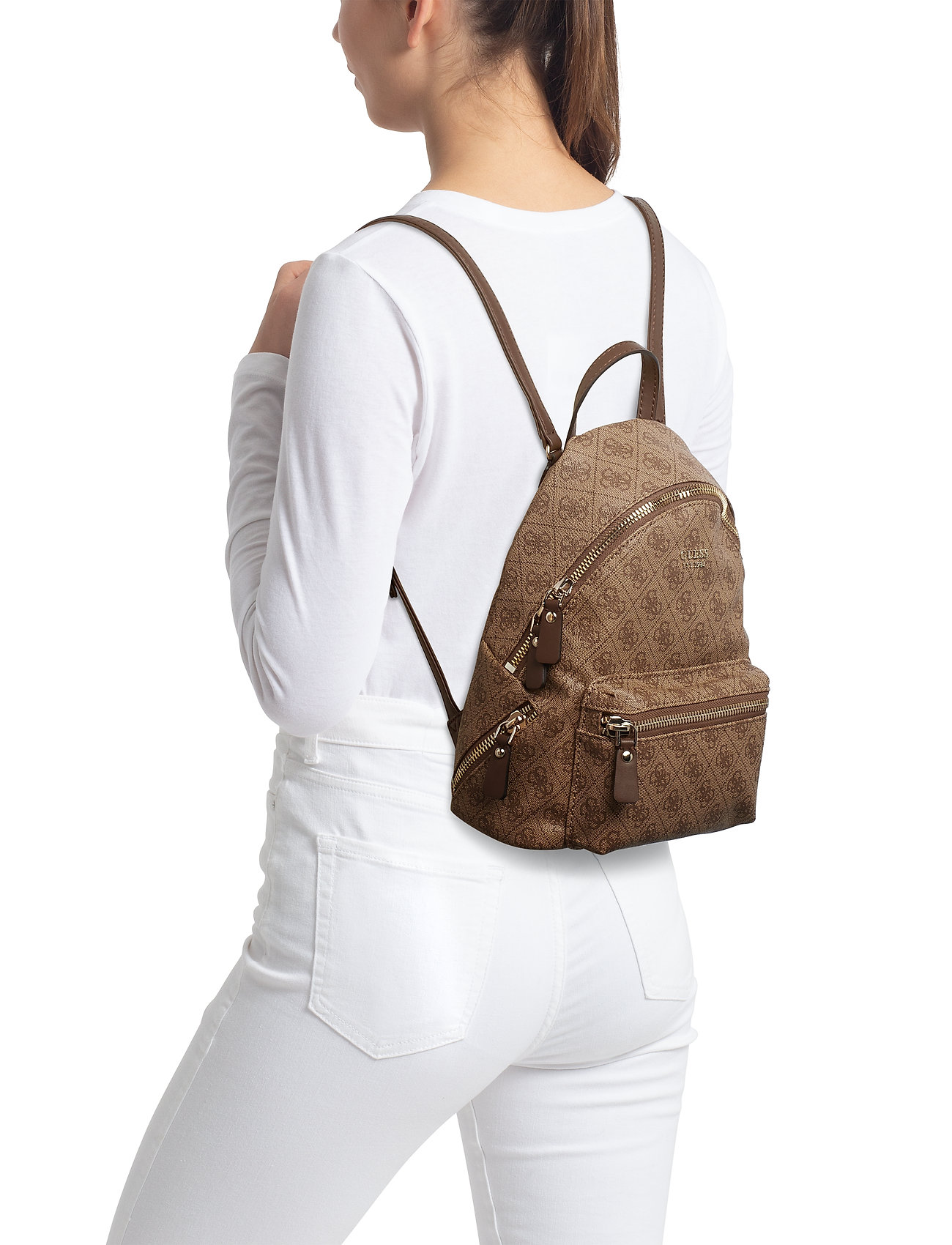 GUESS LEEZA SMALL BACKPACK - BROWN