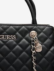 GUESS - ILLY SOCIETY SATCHEL - handväskor - black - 3