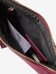 GUESS - DID I SAY 90S? FLAT TOP ZIP - clutches - burgundy - 4