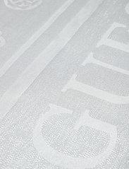GUESS - OPEN ROAD KEFIAH 130X130 - skjerf - silver - 0