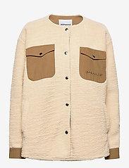 Checket Pile Shirt Jacket - BEIGE