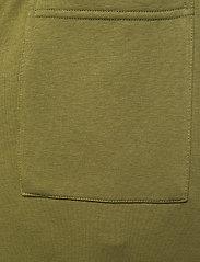 H2O - Lolland Sweat Pant - sweatpants - army avocado - 1