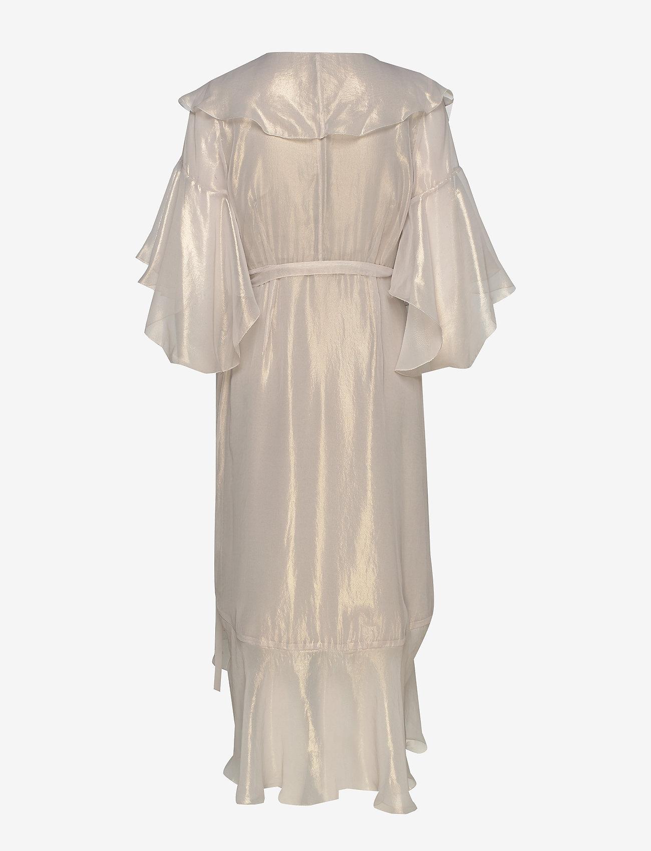 Klassisk Online Butik Kvinder Tøj.Petronella Frill Dress Gold 1279.50 hálo NK63Q5 8qsXKl