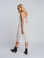hálo - NEVA lace dress - sommerkjoler - white - 3