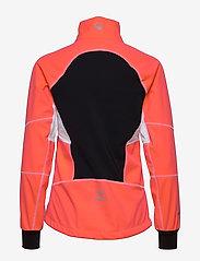Halti - Kaarre W XCT jacket - softshell-jackor - neon fiery coral - 5