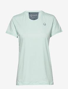 Elina W training T-shirt - t-shirts - bleached aqua mint melange