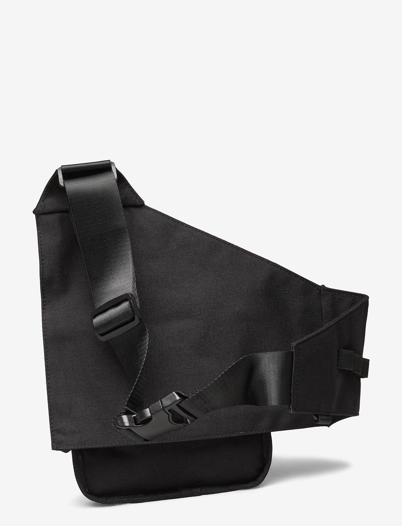 HAN Kjøbenhavn - Triangle Bag - heuptassen - black cordura nylon - 1