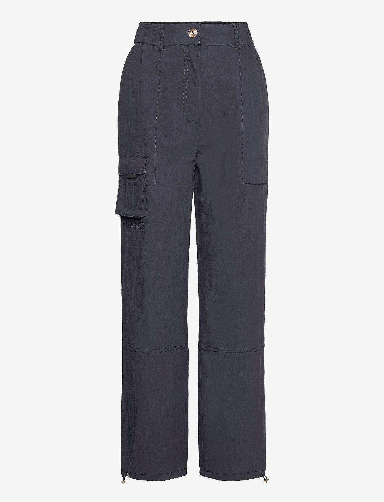 HAN Kjøbenhavn - Cargo Pants - raka byxor - dusty navy - 0