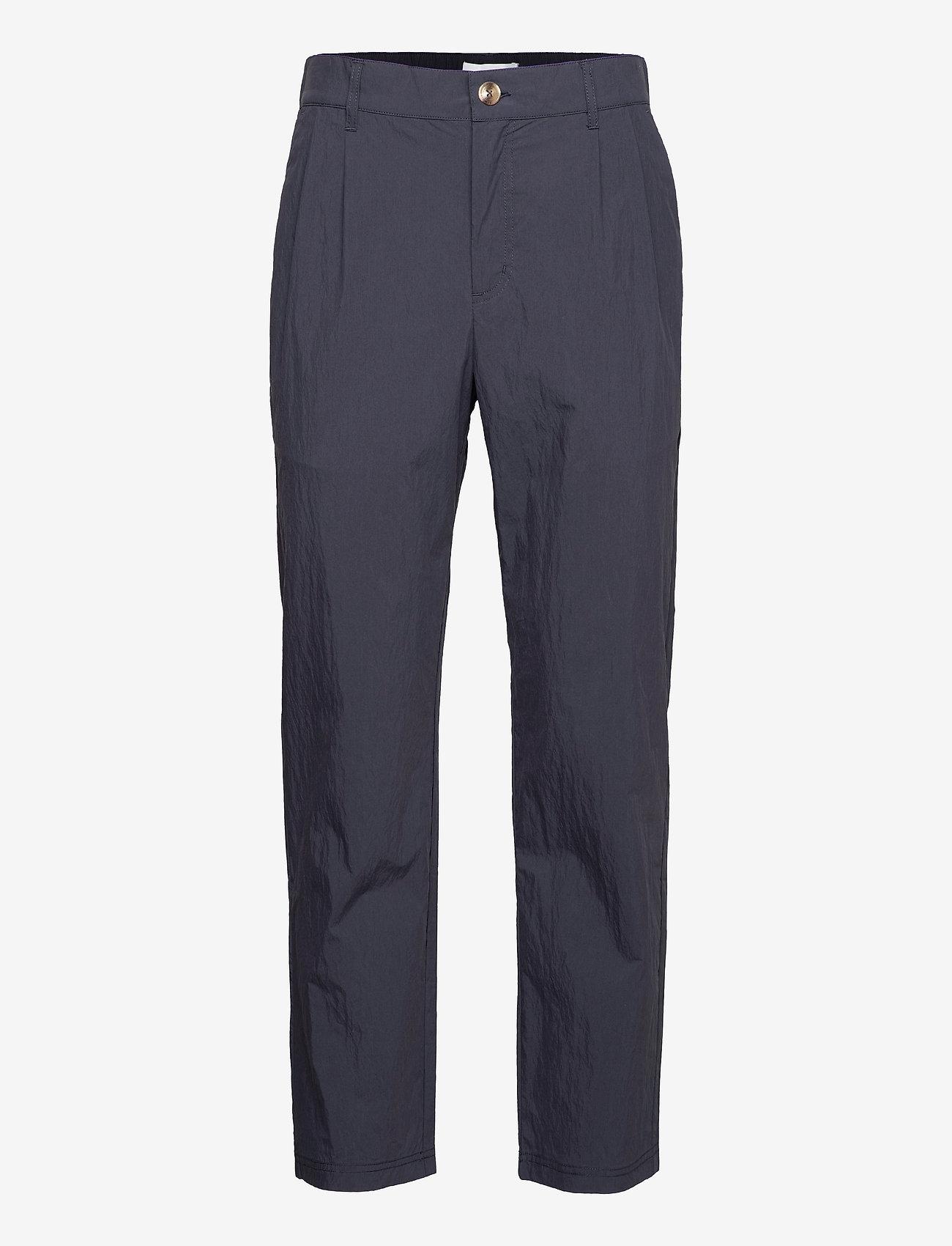 HAN Kjøbenhavn - Tapered Trousers - chino's - dusty navy - 0