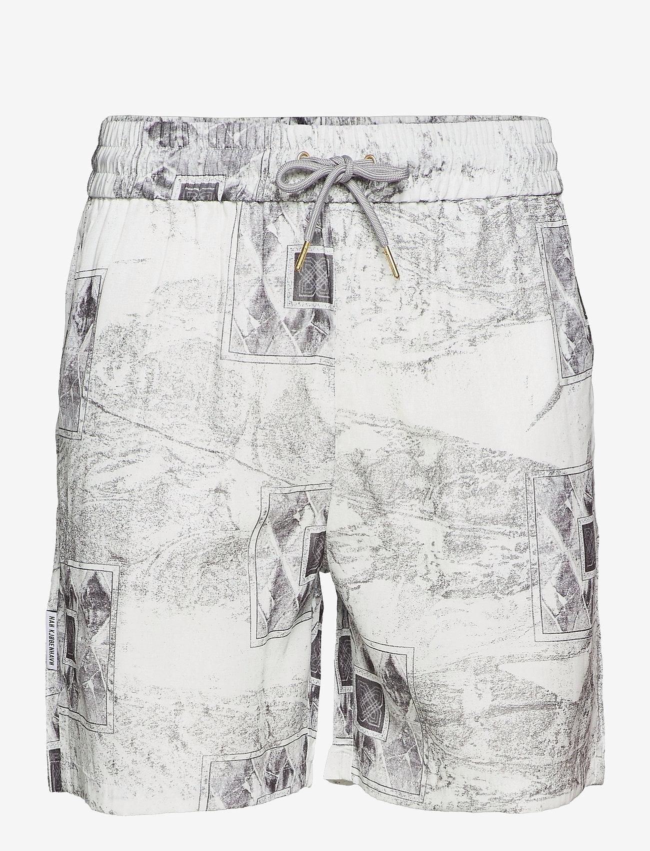 HAN Kjøbenhavn - Track Shorts - casual shorts - bleach diamond - 1