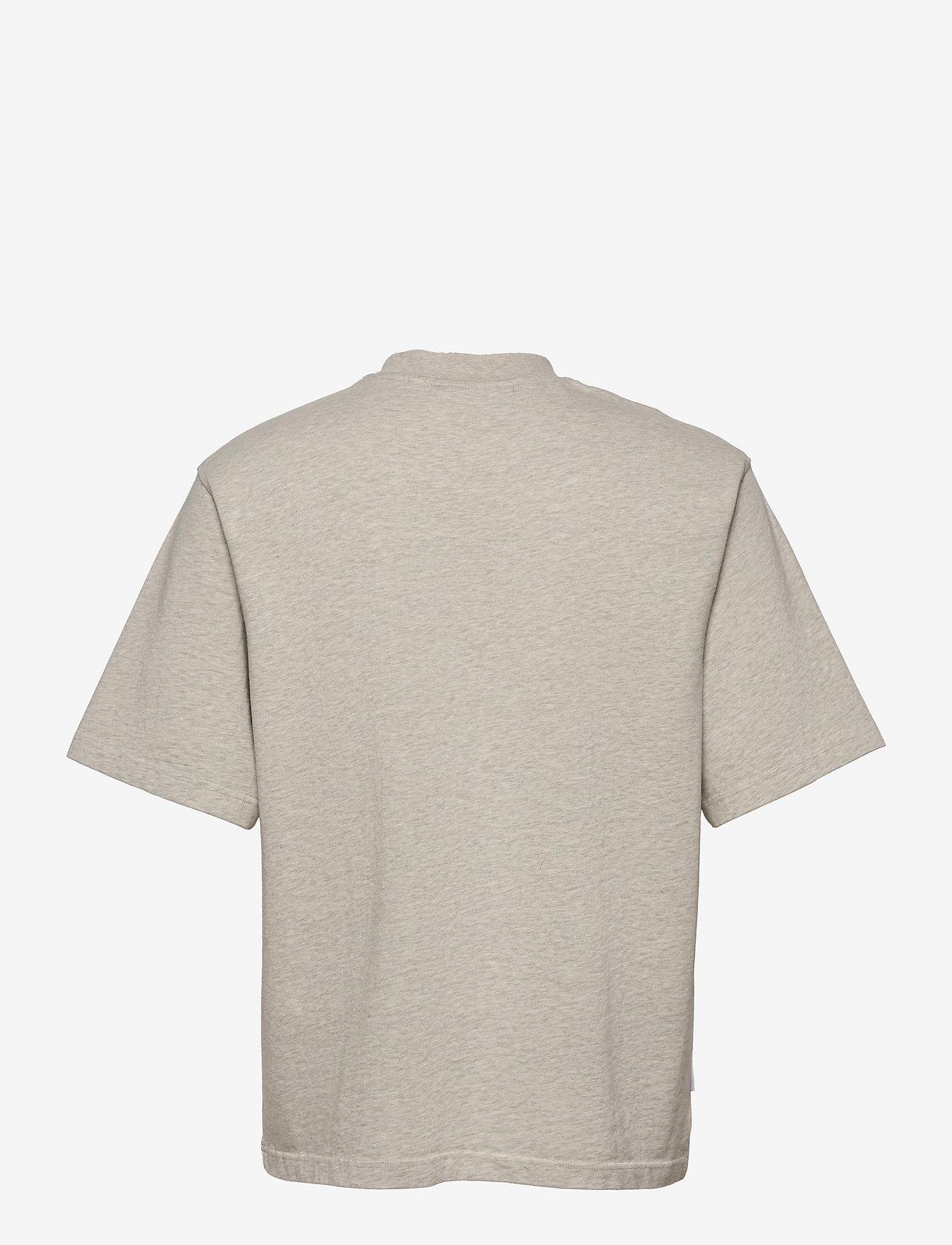 HAN Kjøbenhavn - Distressed Tee Short Sleeve - basic t-shirts - distressed grey melange - 1