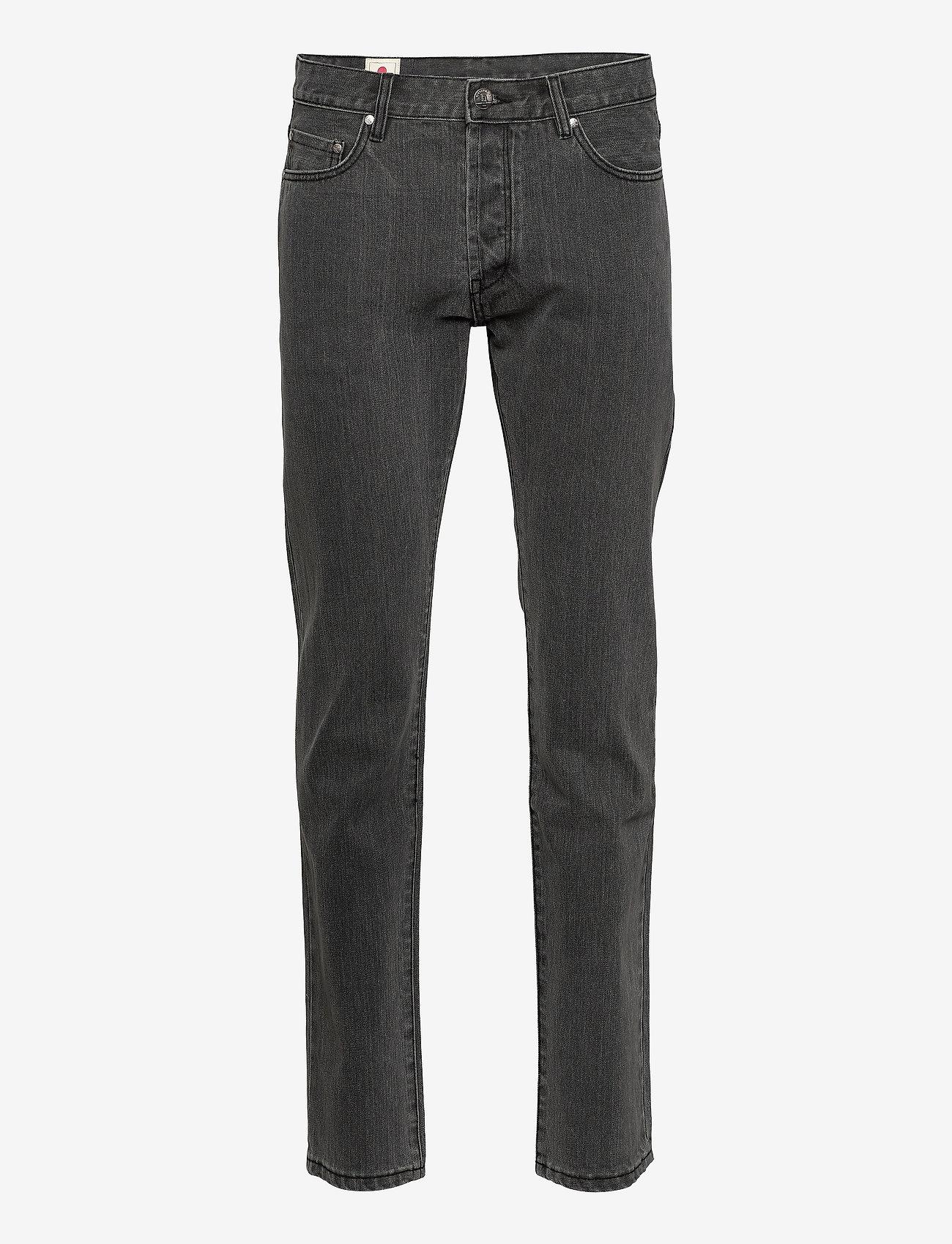 HAN Kjøbenhavn - Tapered Jeans - regular jeans - black stone wash - 0