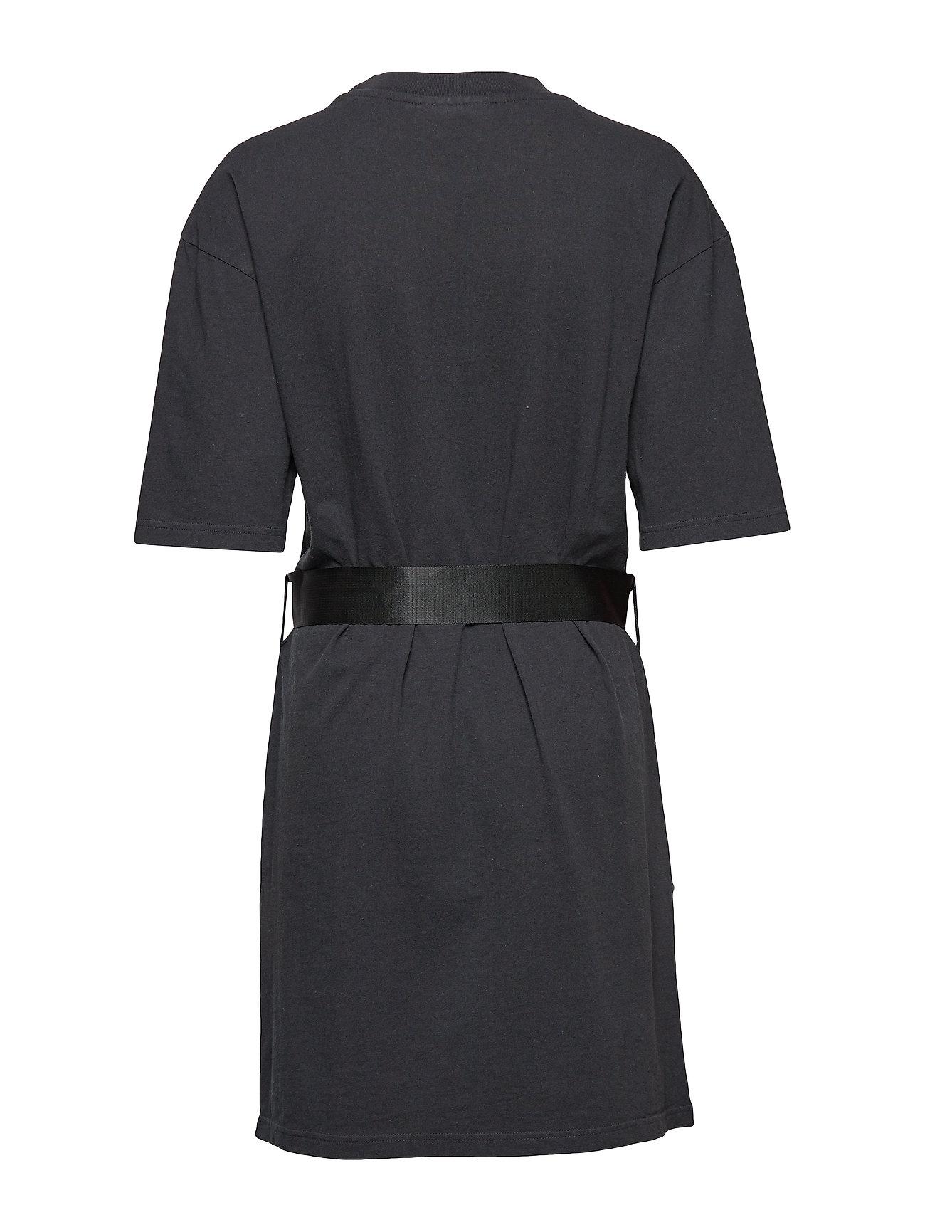 HAN Kjøbenhavn    Tee Dress  - Kleider    BLACK
