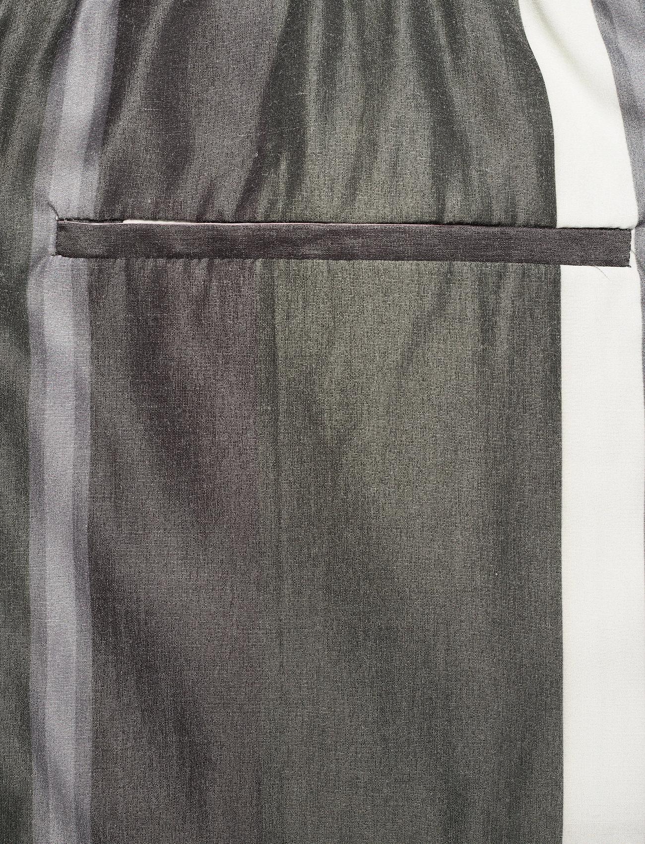 HAN Kjøbenhavn - Track Shorts - casual shorts - bright stripe - 4