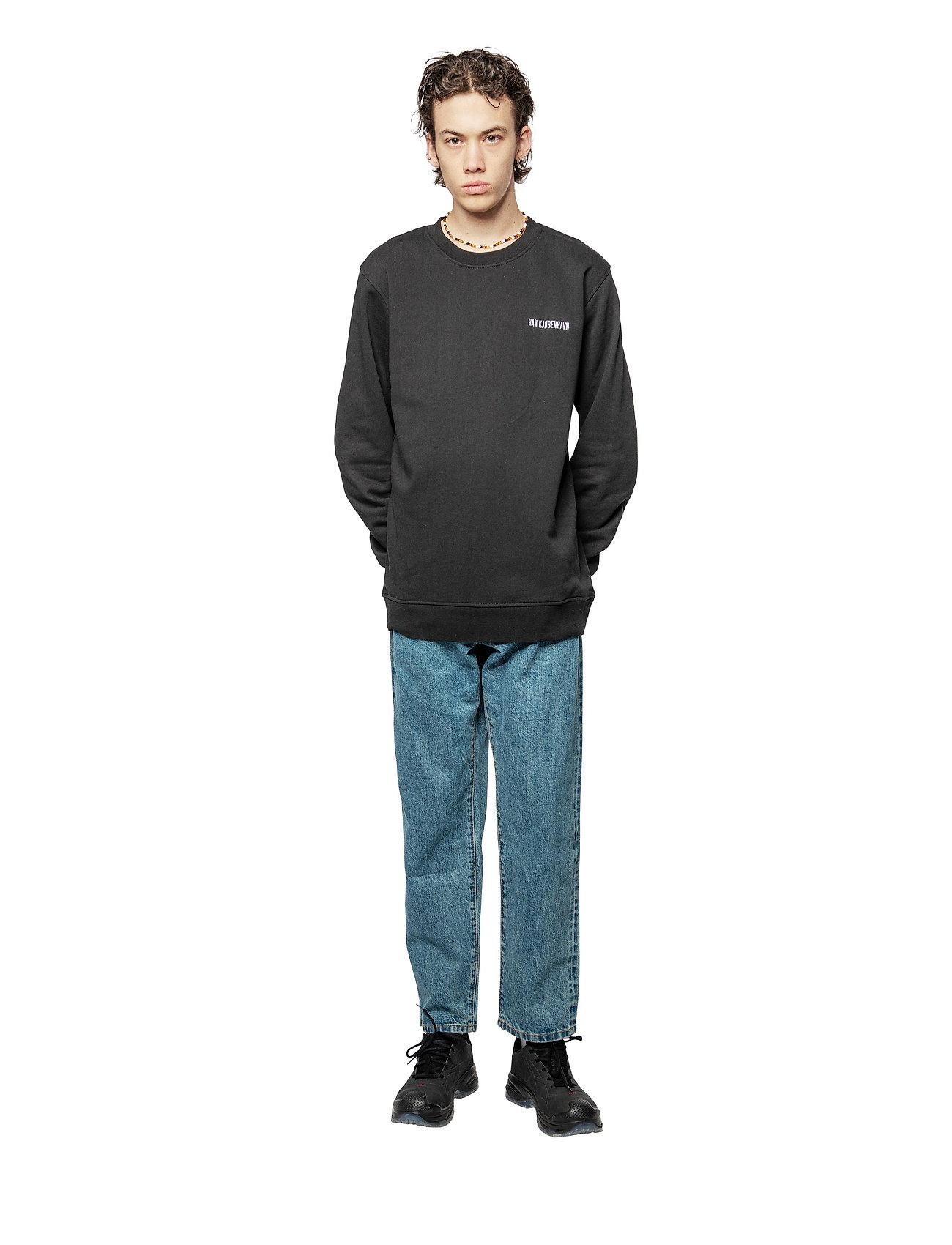 HAN Kjøbenhavn - Casual Long Sleeve Tee - basic t-shirts - black logo - 3