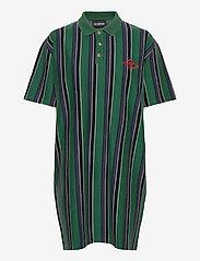 HAN Kjøbenhavn - Polo Dress - tshirt jurken - faded green - 0