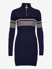 HAN Kjøbenhavn - Half Zip Dress - fodralklänningar - navy - 0