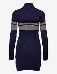 HAN Kjøbenhavn - Half Zip Dress - fodralklänningar - navy - 1
