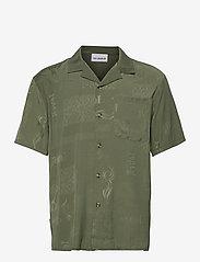HAN Kjøbenhavn - Summer Shirt - overhemden korte mouwen - green tribal - 0