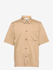 HAN Kjøbenhavn - Boxy Shirt SS - oxford overhemden - olive grey - 1