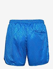 HAN Kjøbenhavn - Football Shorts - casual shorts - bright blue - 1