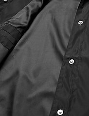 HAN Kjøbenhavn - Coach Jacket - lichte jassen - black nylon - 5