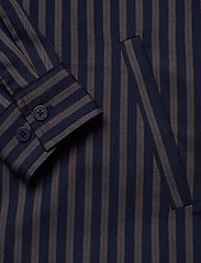 HAN Kjøbenhavn - Shirt Jacket - tops - navy stripe - 3