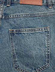 HAN Kjøbenhavn - Relaxed Jeans - relaxed jeans - heavy stone - 4