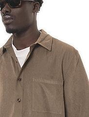 HAN Kjøbenhavn - Boxy Shirt SS - basic overhemden - grey - 4