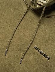 HAN Kjøbenhavn - Casual Hoodie - basic sweatshirts - green crush - 5