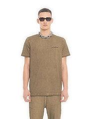 HAN Kjøbenhavn - Casual Tee - basic t-shirts - green crush - 0