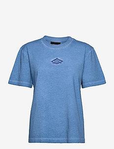 Artwork Tee - t-shirts - faded blue