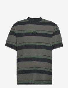 Boxy Tee Short Sleeve - t-shirts à manches courtes - dark tonal stripes
