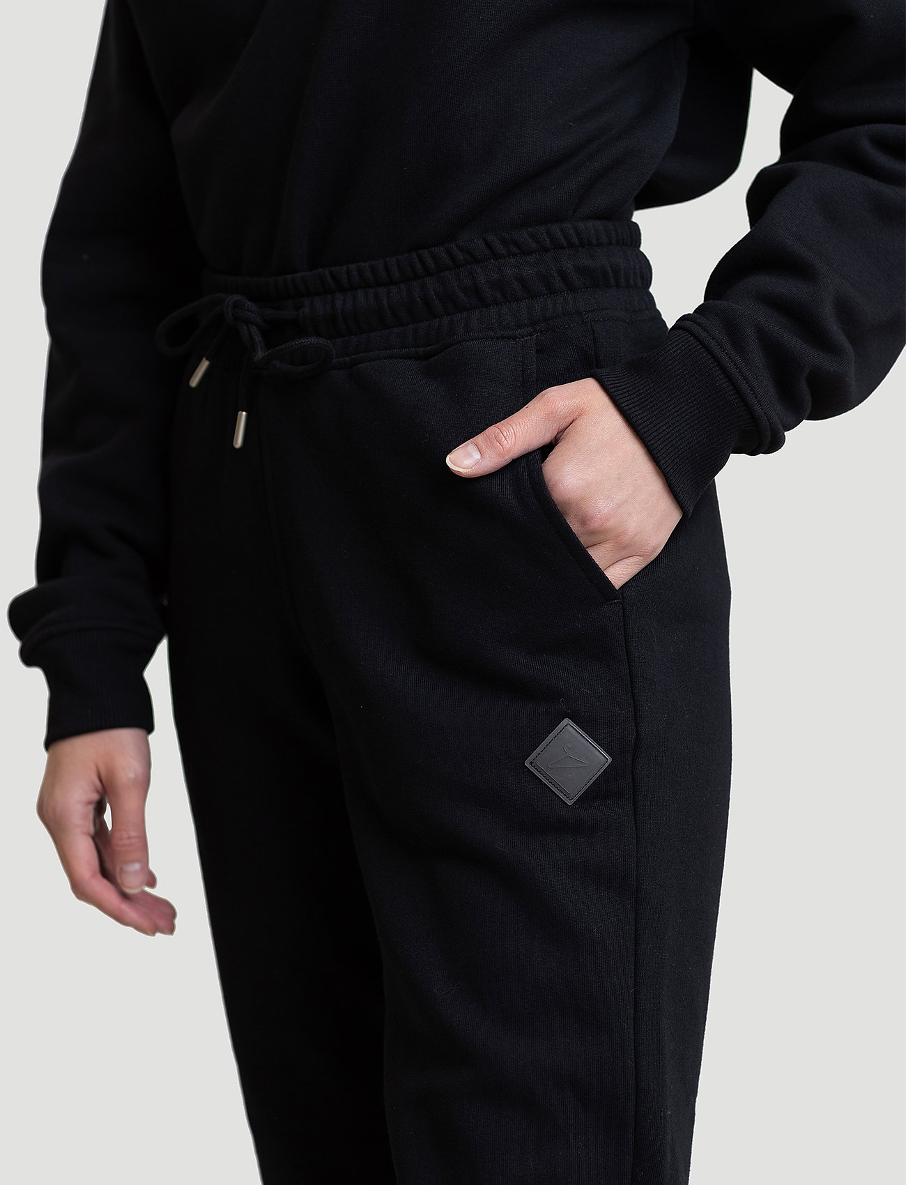 Hanger by Holzweiler - Hanger Trousers - neue mode - black - 0