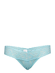 Hanky Panky - Low Rise Thong Signature Lace