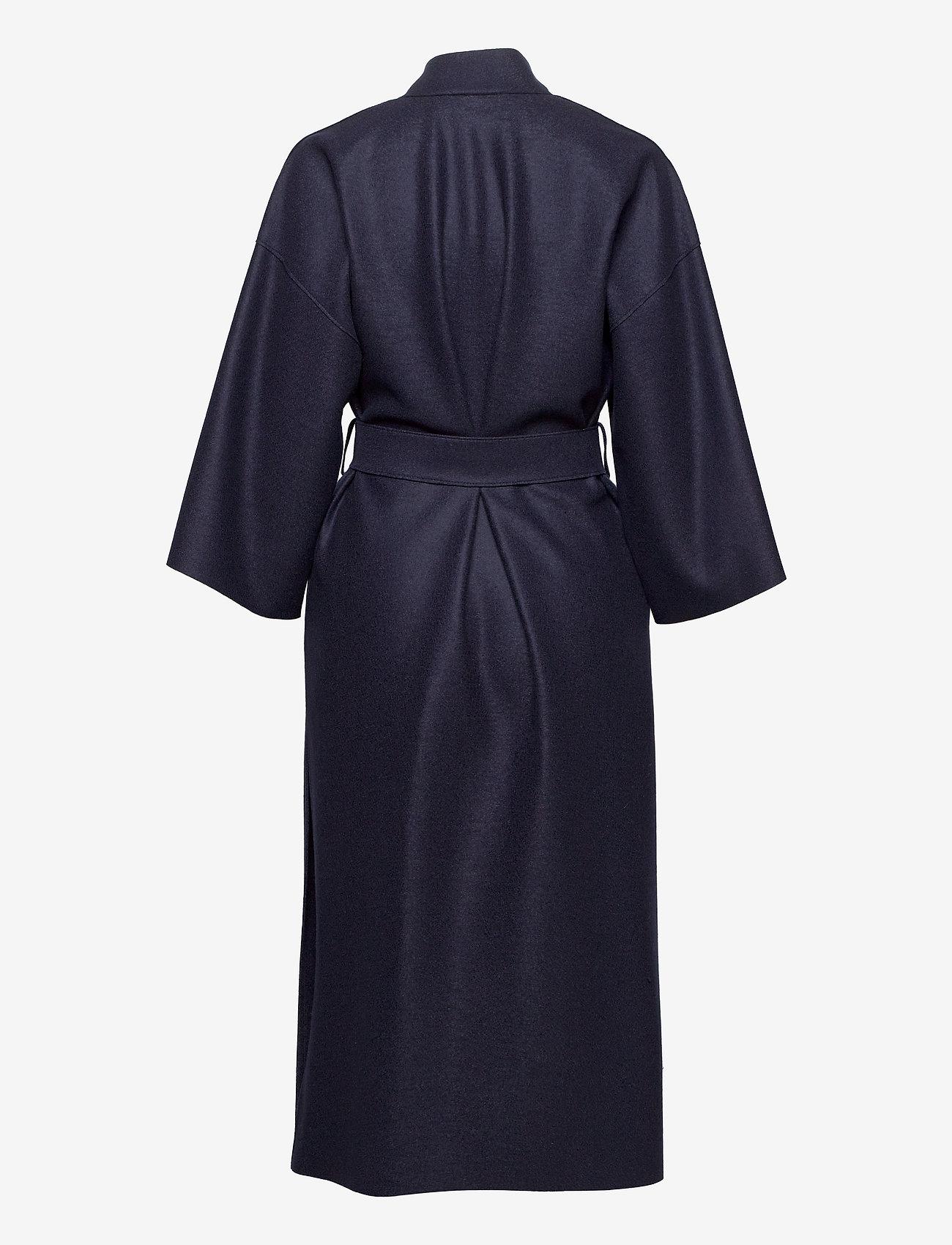 Harris Wharf London - Women Kimono Coat With Vents Light Pressed Wool - wollmäntel - navy blue - 1