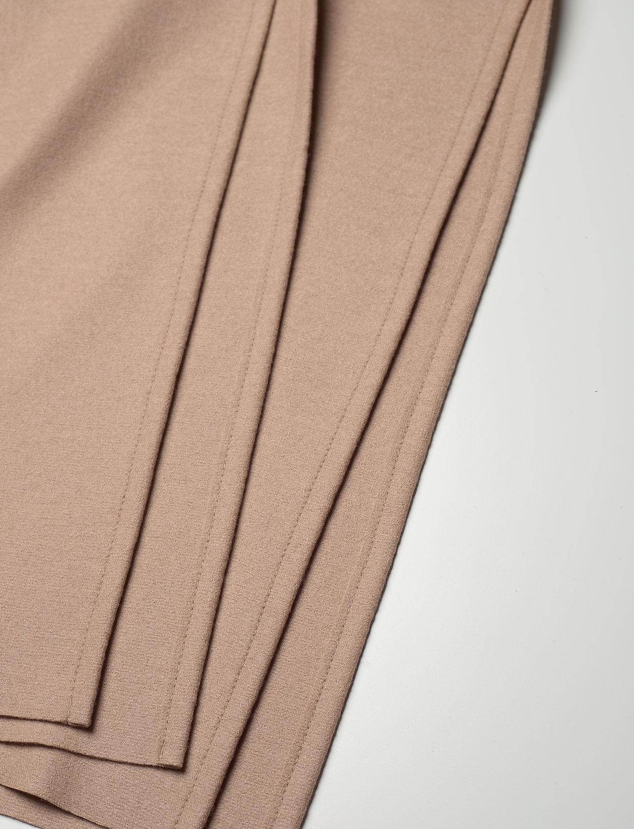 Harris Wharf London - Women Kimono Coat With Vents Light Pressed Wool - wollmäntel - sand - 4