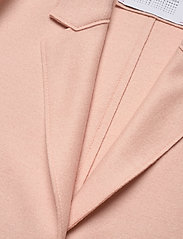Harris Wharf London - Women Cocoon Coat Light Pressed Wool - wollmäntel - powder rose - 2