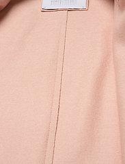 Harris Wharf London - Women Cocoon Coat Light Pressed Wool - wollmäntel - powder rose - 4