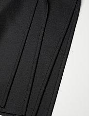 Harris Wharf London - Women Kimono Coat With Vents Light Pressed Wool - wollmäntel - black - 4