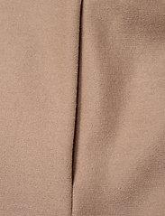 Harris Wharf London - Women Kimono Coat With Vents Light Pressed Wool - wollmäntel - sand - 3