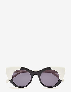 ELLE Sunglasses - BLACK