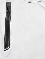 Helly Hansen - W HP CODE ZERO SHORTS - wandel korte broek - white - 4
