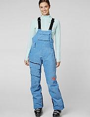 Helly Hansen - W POWDERQUEEN BIB PANT - shell pants - bluebell - 0