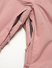 Helly Hansen - W SWITCH CARGO INSULATED PANT - skibukser - ash rose - 6