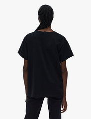 Helmut Lang - CLASSIC LOGO T.HVY C - t-shirts - black - 3