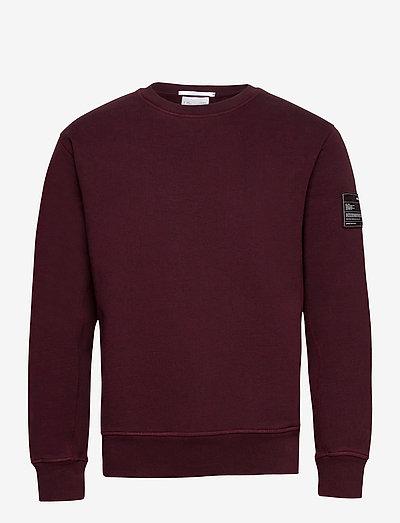 CREW SWEAT.PATCH SWE - sweatshirts - crimson night