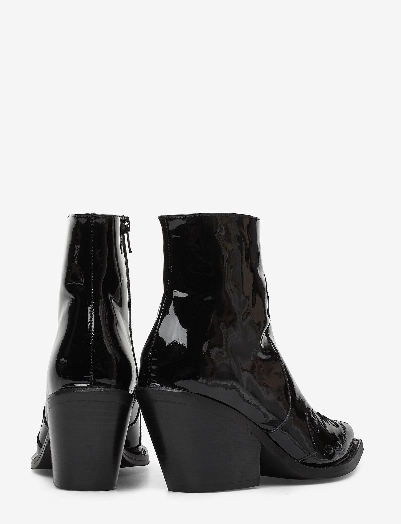 Lynn Patent Black (Black) - Henry Kole