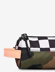 Herschel - Settlement Case-Woodland Camo/Black&White Checker/ - kassit & pienet laukut - woodland camo/black&white chec - 3