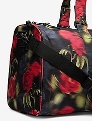 Herschel - Novel Mid-Volume - matkalaukut - blurry roses - 3